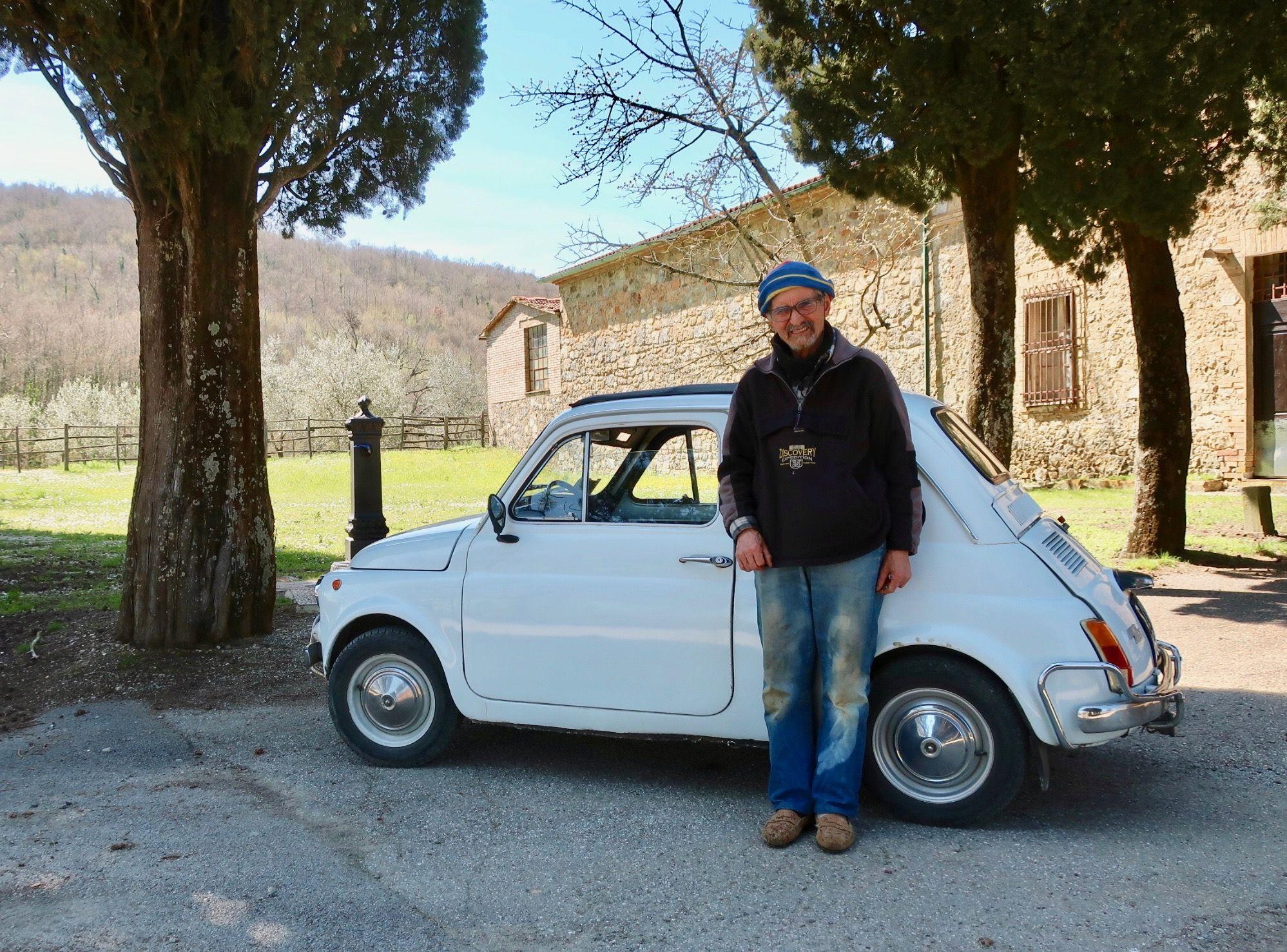 Cycling-in-Italy-near-Chiusdino