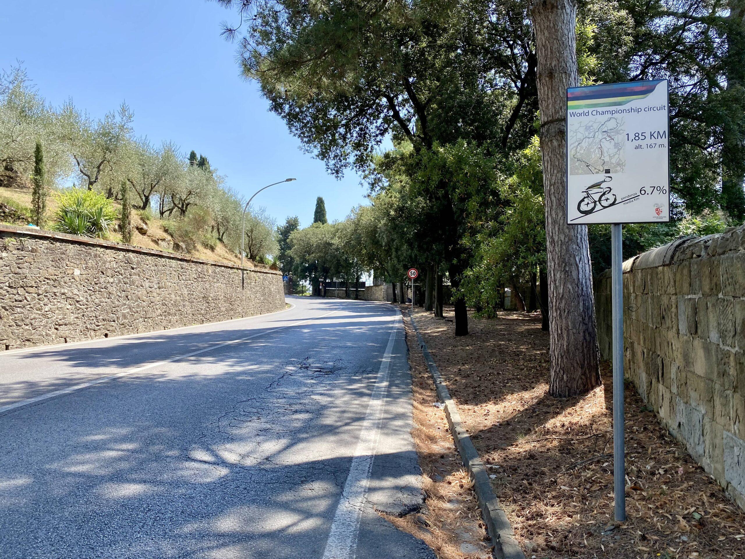 Cycling_Florence_Via_San_Domenico